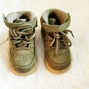 Boys Nike Air Force 1 Size 6C